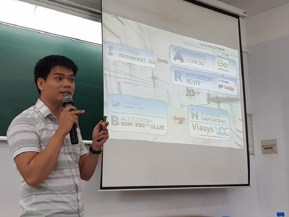Ông Nguyễn Quang Hoài Kỹ sư thiết kế VTCO trình bày BIM trong thiết kế công trình dạng tuyến